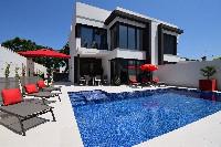 Villa Saphir - B  -HUT 054526