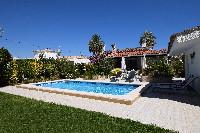 Villa Familia - HUT022567